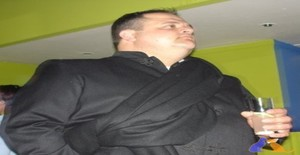 Sirsnake 45 years old I am from Entroncamento/Santarem, Seeking Dating Friendship with Woman